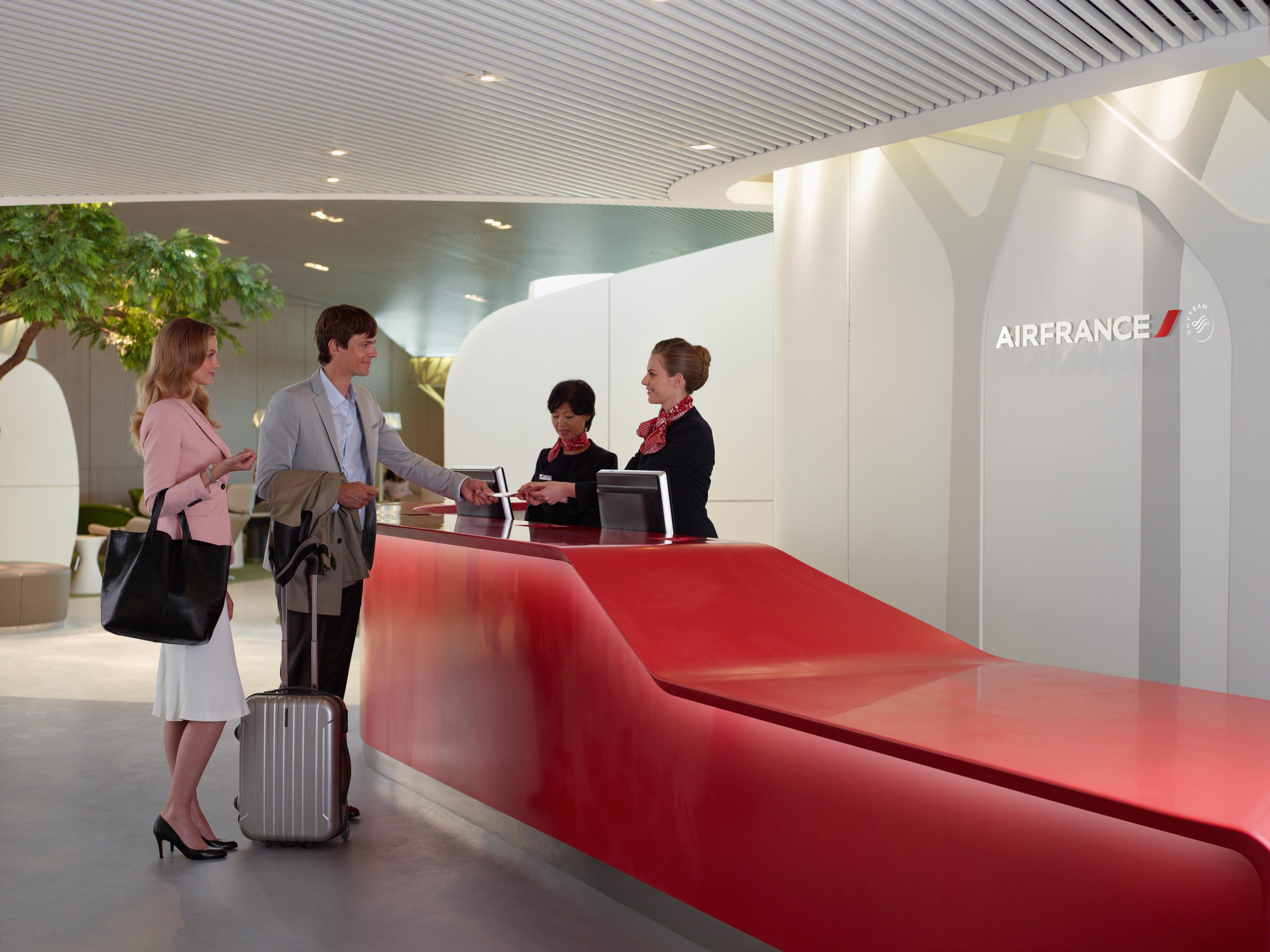 Visite du nouveau salon air france dans le s4 services for Salon air france terminal 2e