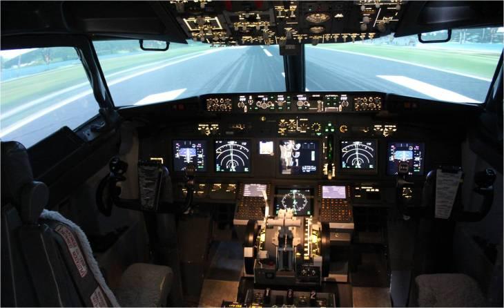 Cockpit Flight Sensations © Sophie Figenwald